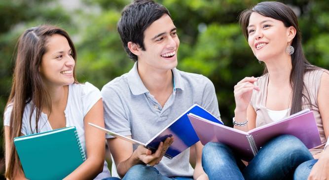Üniversite Öğrencilerine Devlet Kredisi