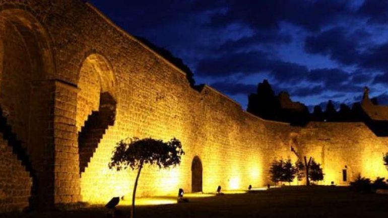 Diyarbakır da Maddi Yardım Yapanlar ve Belediye Destekleri